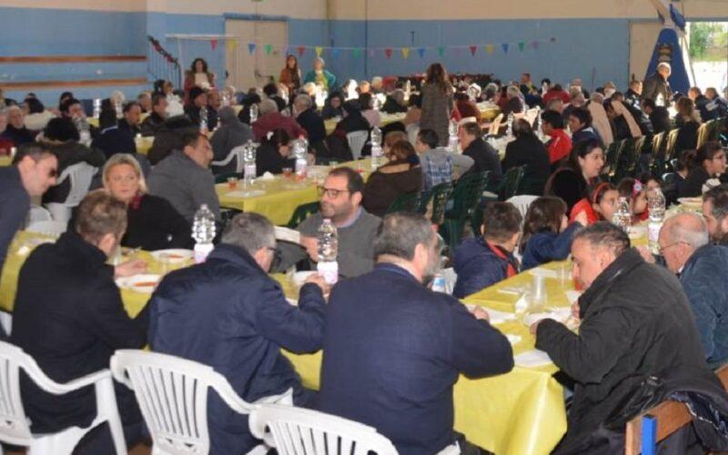 «A pranzo insieme», quando festività fa rima con solidarietà. Iniziativa di Cartias, Comune e associazioni