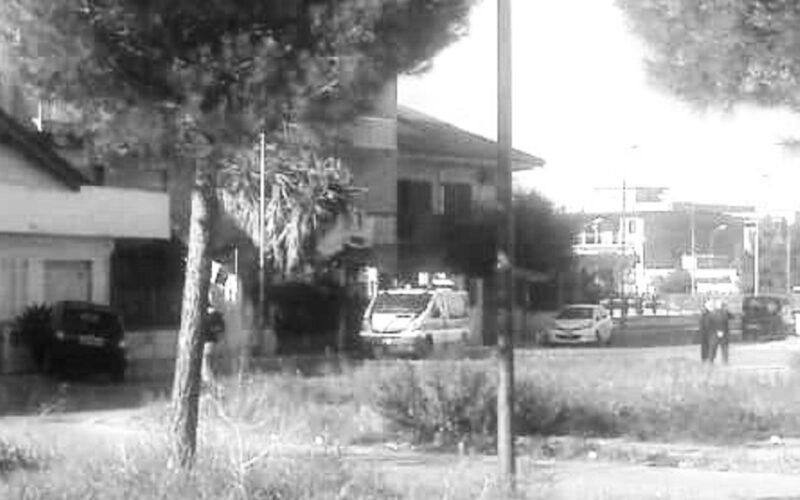 Gela: donna perde il controllo dell'auto e finisce contro un muretto. Incidente in via Picasso