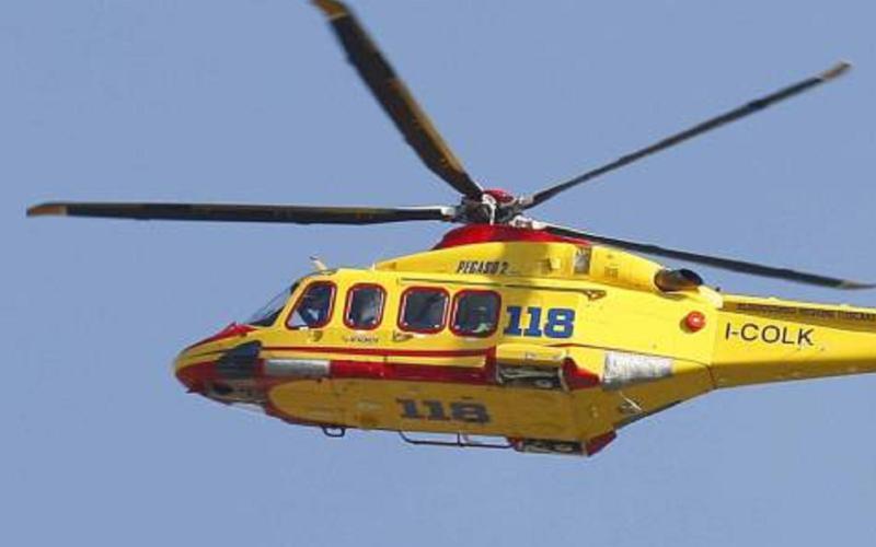Gela: schianto con la moto, ragazzo in gravi condizioni. «È vigile e cosciente», trasferito in elicottero a Caltanissetta