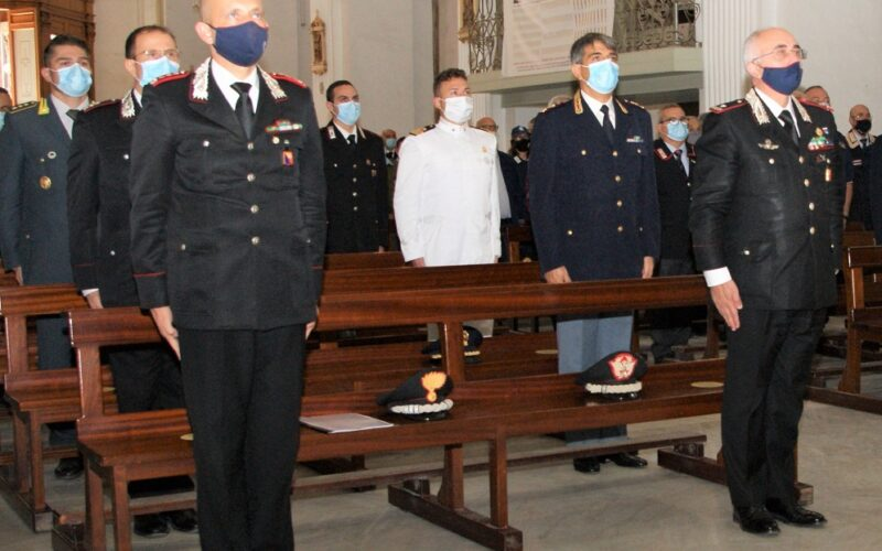 Niscemi ricorda la strage di contrada Apa e il sacrificio dei tre carabinieri caduti. Presente alla messa il generale Castello