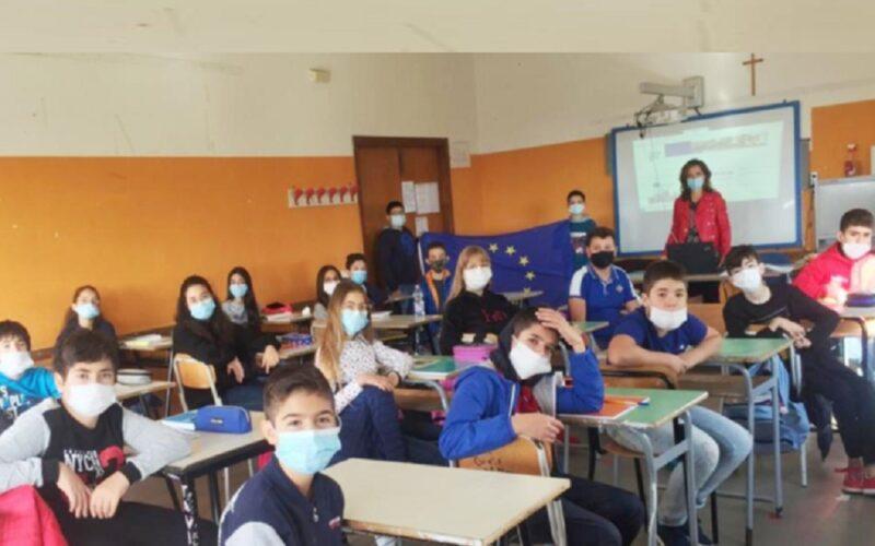 Niscemi: «Insieme» per dire no alle disuguaglianze. Parte il progetto ErasmusDays al Comprensivo «Manzoni»