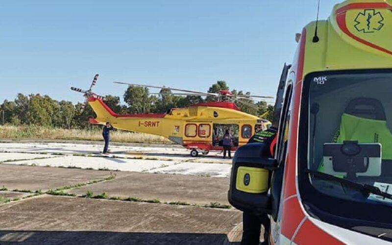 Si ustiona a casa con l'acqua bollente, grave bimbo di un anno. Trasferito in elicottero al «Cannizzaro» di Catania